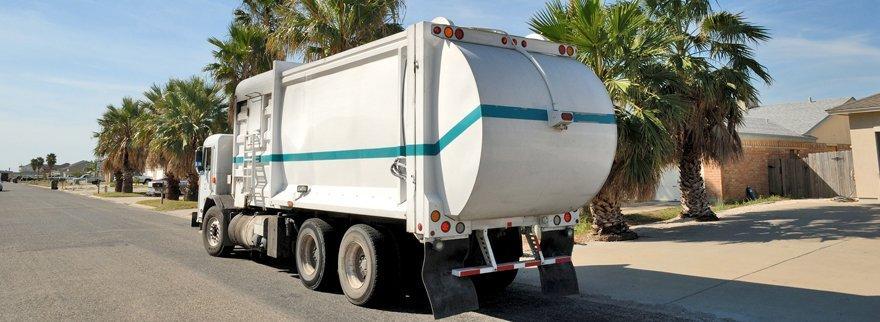 Garbage-truck-880x322